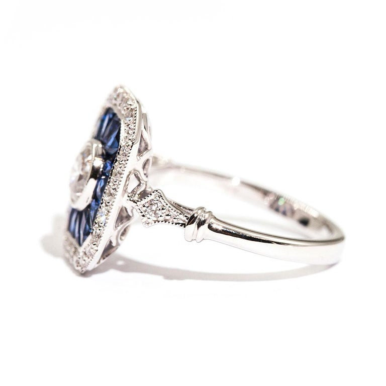 0.50 Carat Certified Diamond and Blue Sapphire 18 Carat White Gold Ring In New Condition For Sale In Hamilton, AU