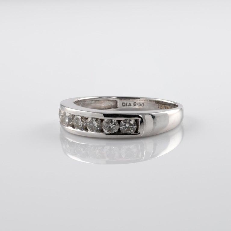 Round Cut 0.50 Carat Half Eternity Ring 18 Karat White Gold Full British Hallmarks For Sale