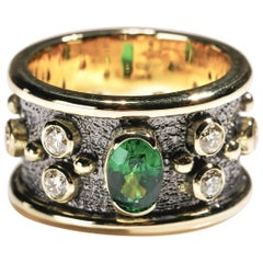 0.50 Carat Tsavorite 1 Carat Diamond 18k Yellow Gold Cigar Band Ring US Size 6