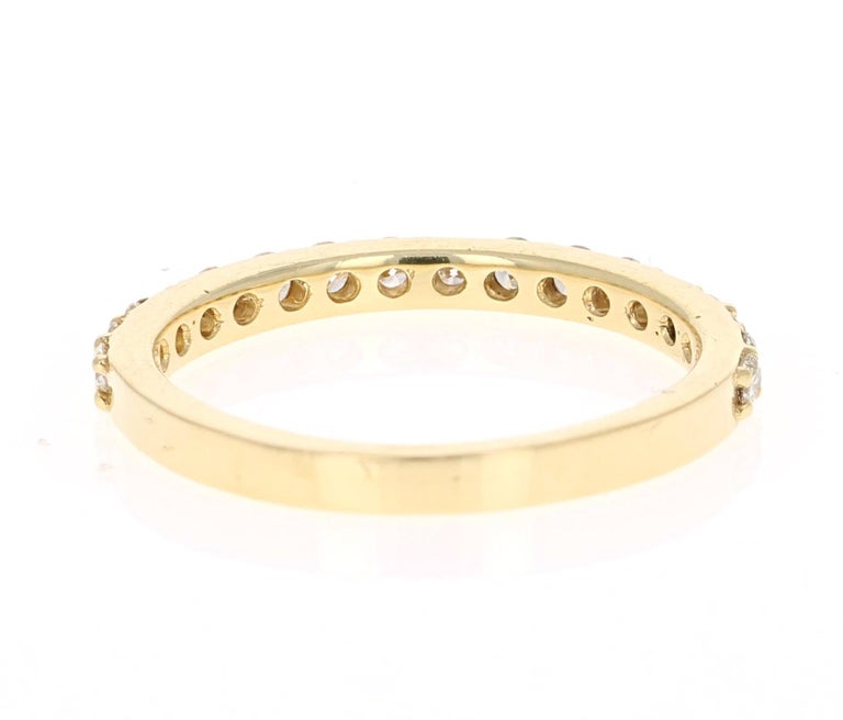 0.51 Carat Round Cut Diamond Band 18 Karat Yellow Gold In New Condition For Sale In Los Angeles, CA