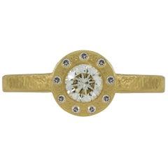 0.52 Carat Solitarie Round Diamond Yellow Gold Ring