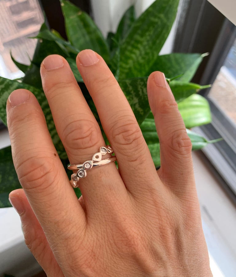 Contemporary Hi June Parker 14 Karat Gold Connected Rings 0.53 Carat Salt Pepper Diamonds  For Sale