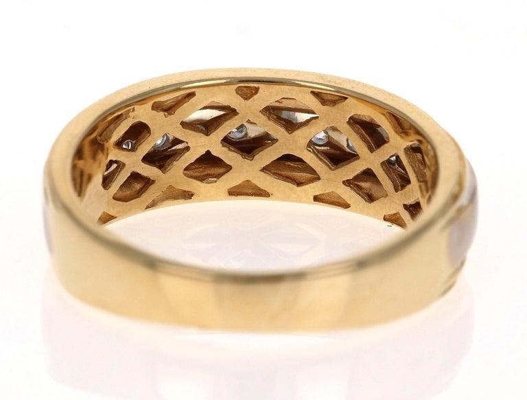 0.55 Carat Round Cut Men's Wedding Band 14 Karat Yellow Gold For Sale 1