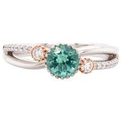No-oil Russian Emerald 18 Karat Gold Diamond Engagement Wedding Fashion Ring