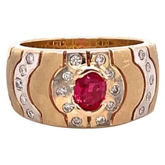 0.58 Carat Red Spinel and Diamond Gold Ring