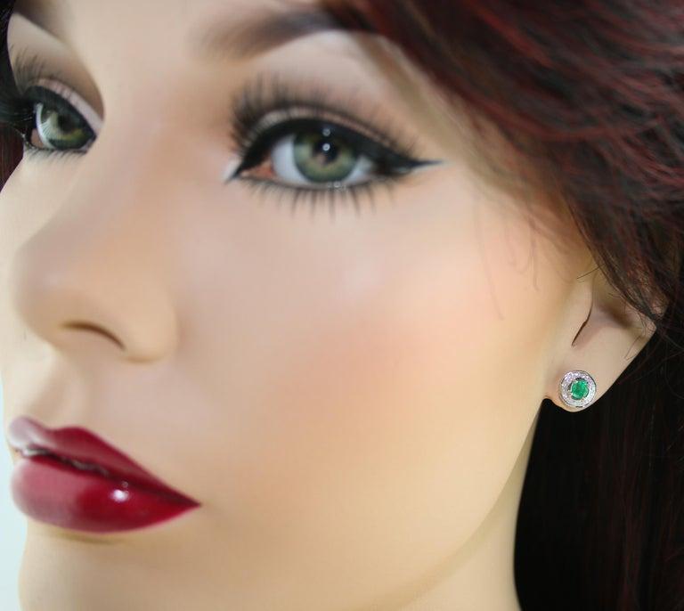 Contemporary 0.60 Carat Emerald Diamond Gold Stud Earrings For Sale