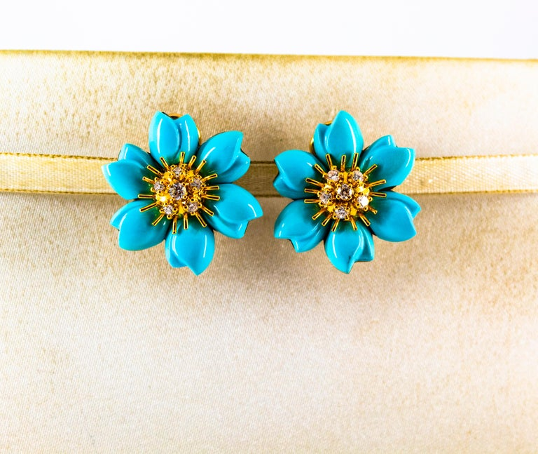 0.60 Carat White Diamond Turquoise Yellow Gold Dangle Clip-On Flowers Earrings In New Condition For Sale In Naples, IT