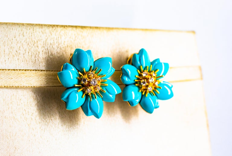 0.60 Carat White Diamond Turquoise Yellow Gold Dangle Clip-On Flowers Earrings For Sale 2