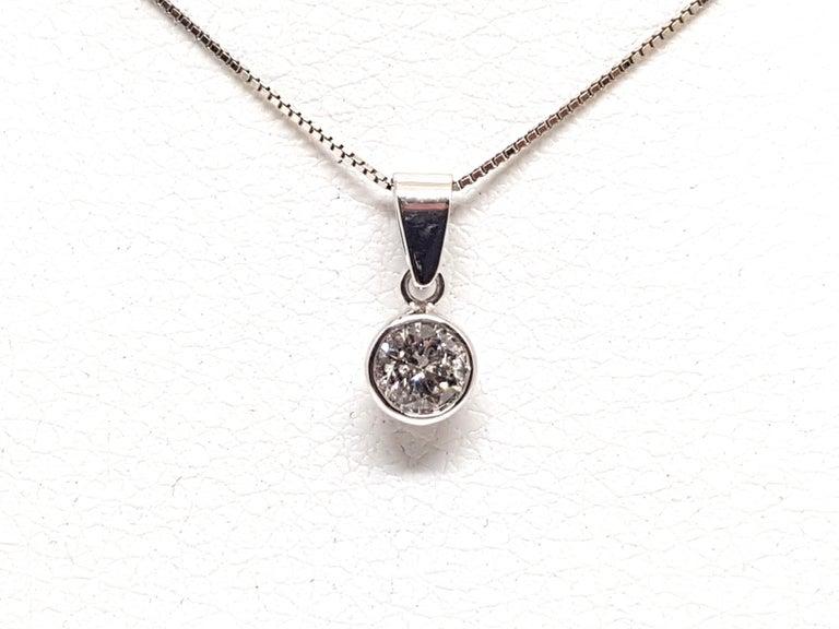 Pear Cut 0.61 Carat White Gold Necklace Diamond Solitaire Pendant For Sale