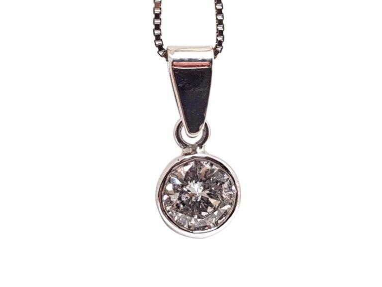 Women's 0.61 Carat White Gold Necklace Diamond Solitaire Pendant For Sale