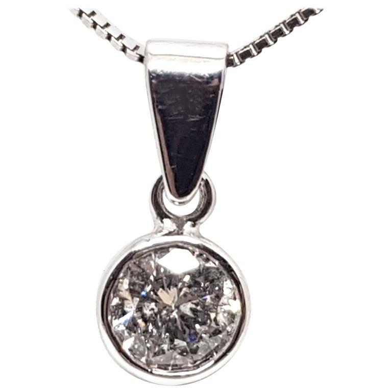 0.61 Carat White Gold Necklace Diamond Solitaire Pendant For Sale