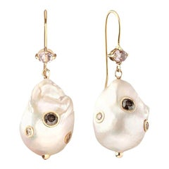 0.62 Carat Salt and Pepper Diamond 0.45 Carat Morganite Baroque Pearl Bridal Ear