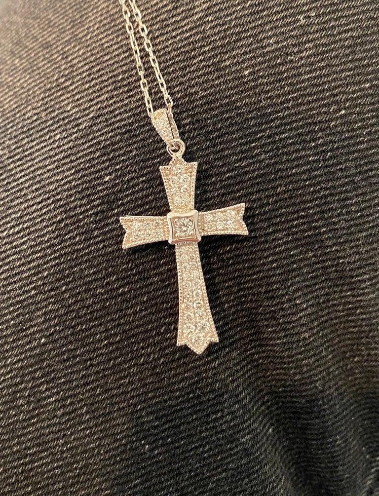 Women's 0.64 Carat Diamond Cross Pendant with Chain in 14 Karat White Gold For Sale