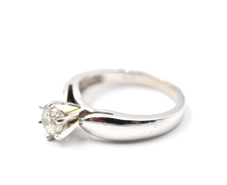 Round Cut 0.65 Carat Diamond 14 Karat White Gold Solitaire Engagement Ring For Sale