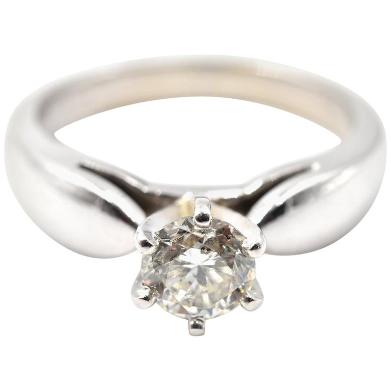 0.65 Carat Diamond 14 Karat White Gold Solitaire Engagement Ring For Sale