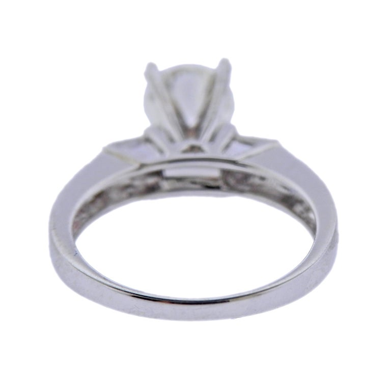 Round Cut 0.65 Carat Diamond Gold Engagement Ring For Sale