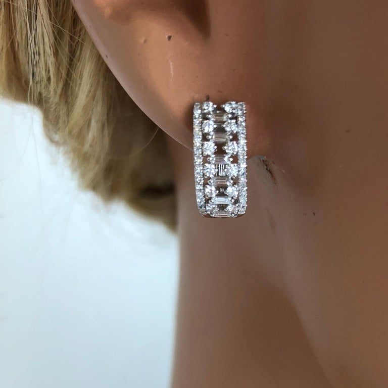 0.70 Carat Diamond Hoop Earrings in 18 Karat White Gold In New Condition For Sale In New York, NY