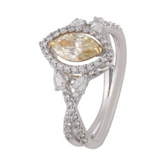 Studio Rêves 0.70 Carat Yellow Marquise Engagement Ring in 18 Karat Gold
