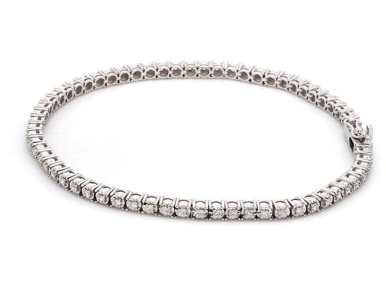 Round Cut 0.75 Carat Diamond 18 Karat White Gold Tennis Bracelet