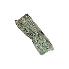 0.75 Carat Diamond Engagement Band 18 Karat Gold Ring by Designer Salvini