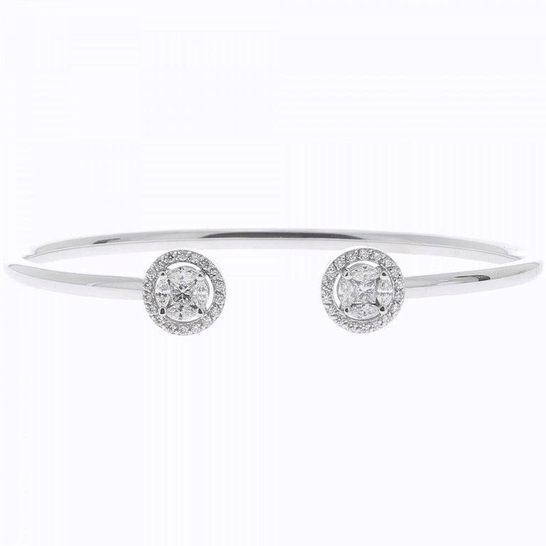 Contemporary 0.75 Carat GVS Marquise Diamonds Bangle Bracelet 18 Carat White Gold For Sale