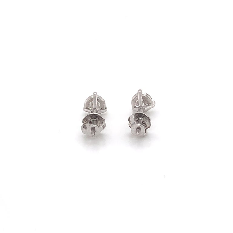 0.80 Carat Diamond Stud Earrings In New Condition For Sale In Miami, FL
