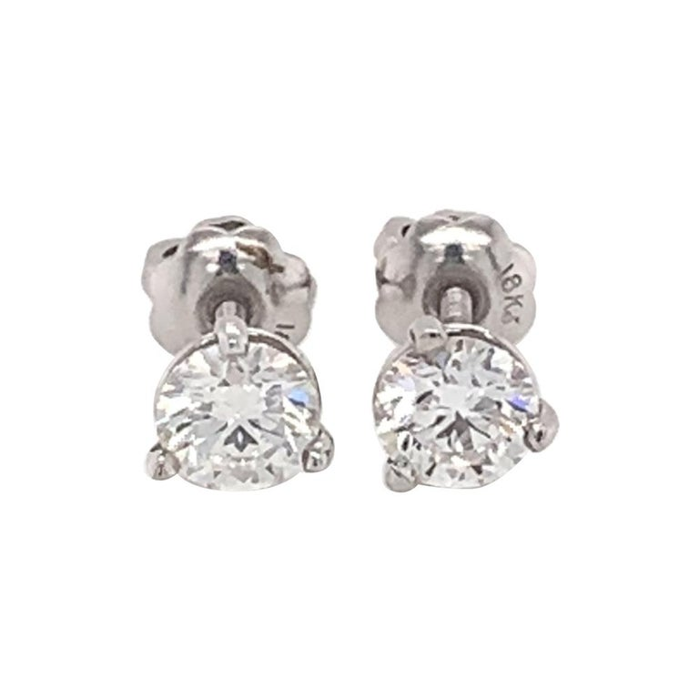0.80 Carat Diamond Stud Earrings For Sale