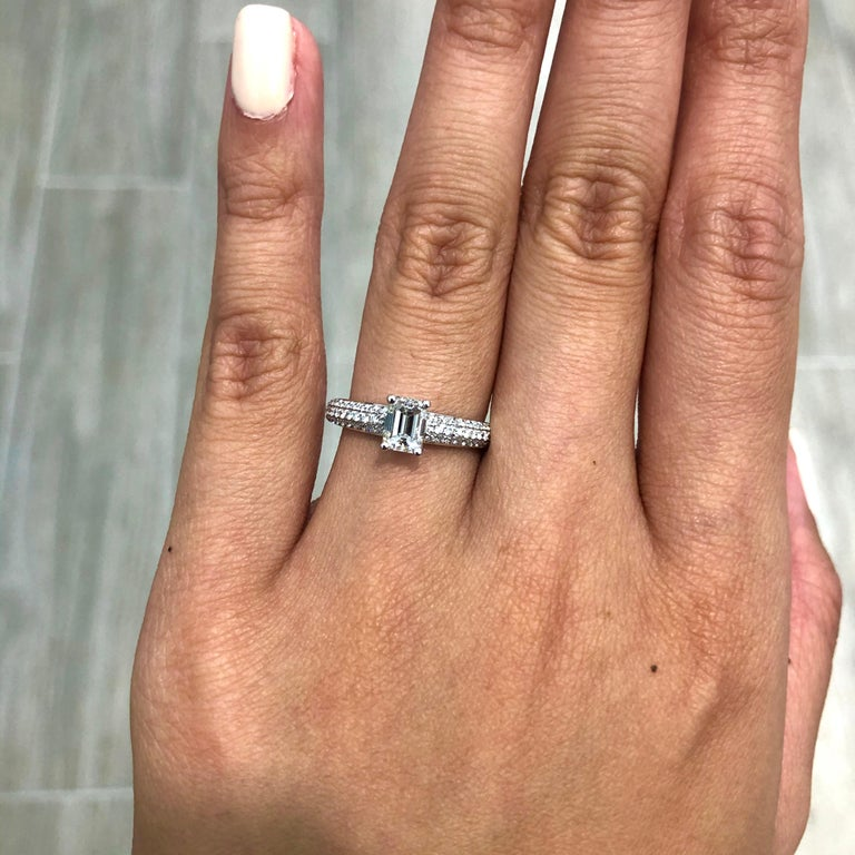 0.80 Carat Emerald Cut Diamond Engagement Ring In New Condition For Sale In New York, NY