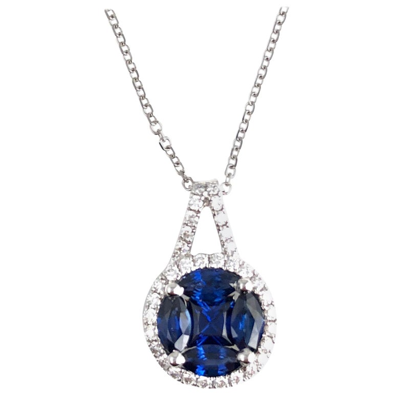 0.80 Carat Sapphire and 0.19 Carat Diamond Drop Pendant in 18 Karat White Gold For Sale
