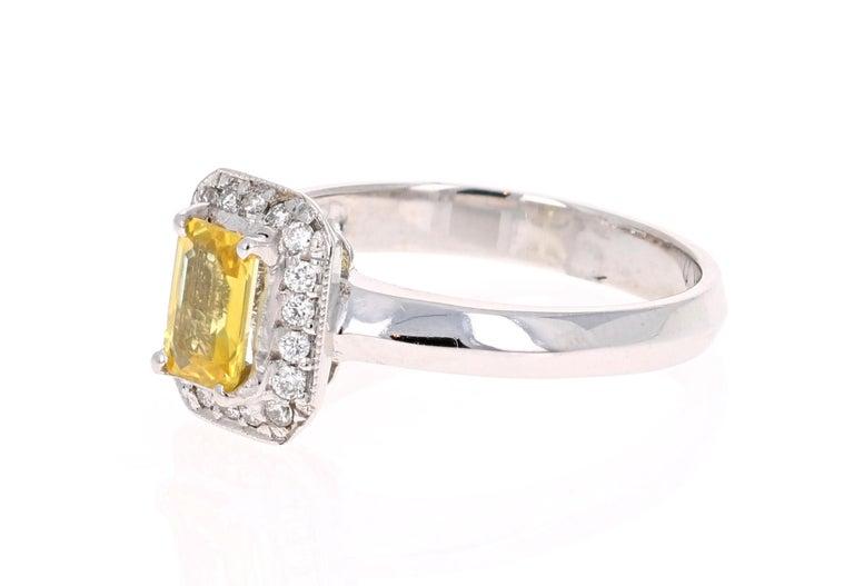 Modern 0.80 Carat Yellow Sapphire and Diamond 14 Karat White Gold Ring For Sale