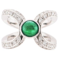 0.86 Carat Emerald and Diamond Cocktail Ring Set in Platinum