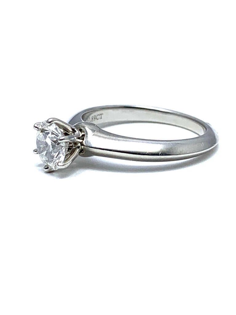 0.89 Carat Tiffany & Co.  Round Brilliant Diamond Platinum Solitaire Ring For Sale 1