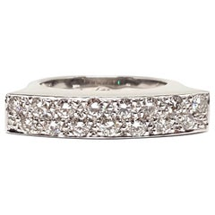 0.90 Carat 18 Karat White Gold Diamond Ring