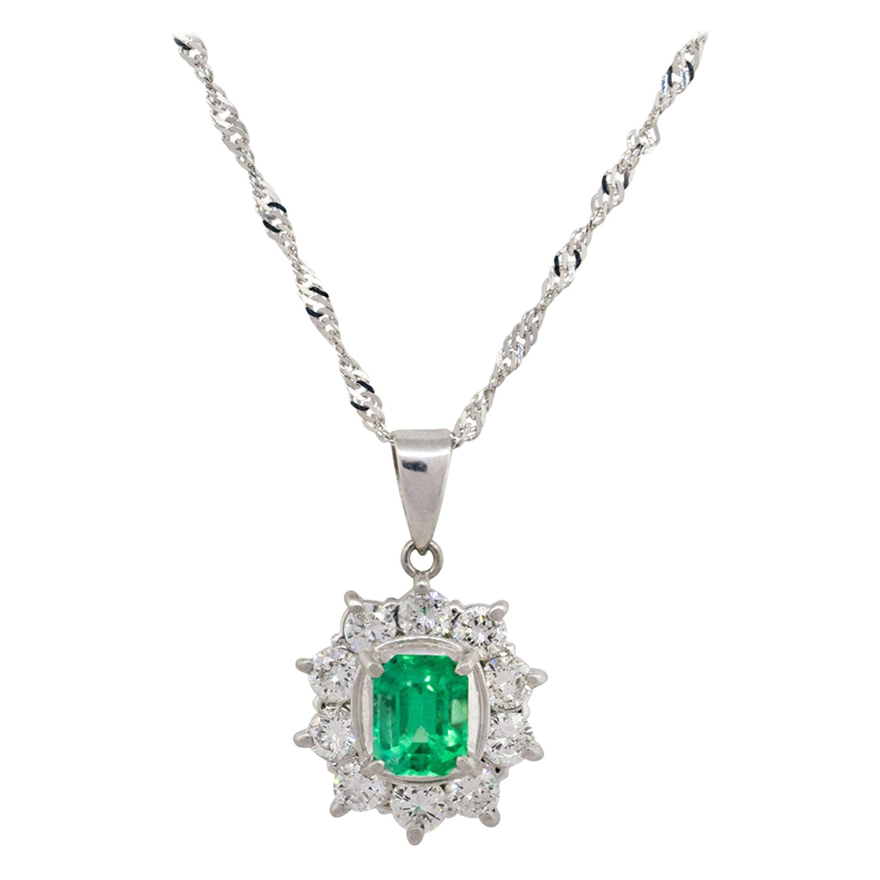 0.90 Carat Emerald Diamond Halo Pendant Necklace Platinum in Stock