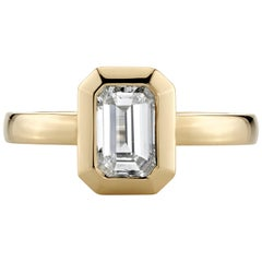 0.90 Carat K/VS2 GIA Certified Step Cut Diamond Set in an 18 Karat Gold Ring