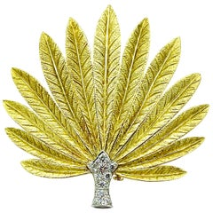 0.90 Carat Round Brilliant Diamond and 18K Gold & Platinum Feathered Fan Brooch