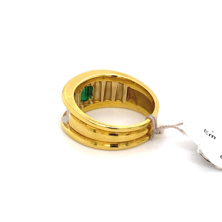0.91 Carat Emerald Cut Emerald 18k Yellow & White Gold Ring For Sale 1