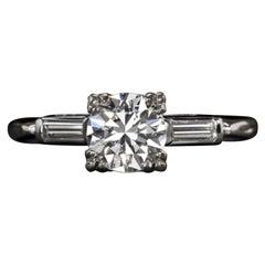 0.92 Carat Round Brilliant Cut Diamond VS2 Clarity E-D Color Platinum Ring