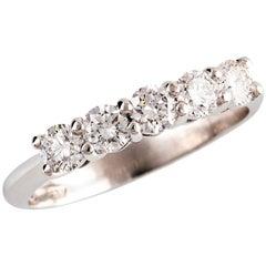 0.93 Carat Round Brilliant Cut Diamond Bridal Ring in 18 Carat White Gold