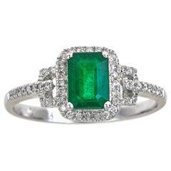 0.94 Carat Natural Emerald and Diamond 14 Karat White Gold Ring