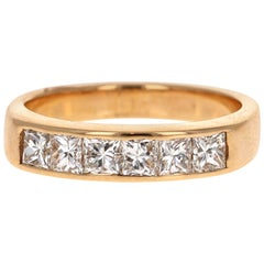 0.95 Carat Princess Cut Diamond 18 Karat Yellow Gold Band
