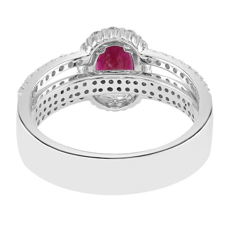 Modern 0.95 Carat Ruby and Diamond White Gold Cocktail Ring For Sale