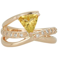 0.95 Carat Trillion Yellow Beryl White Diamond Fashion Ring 14 Karat Yellow Gold