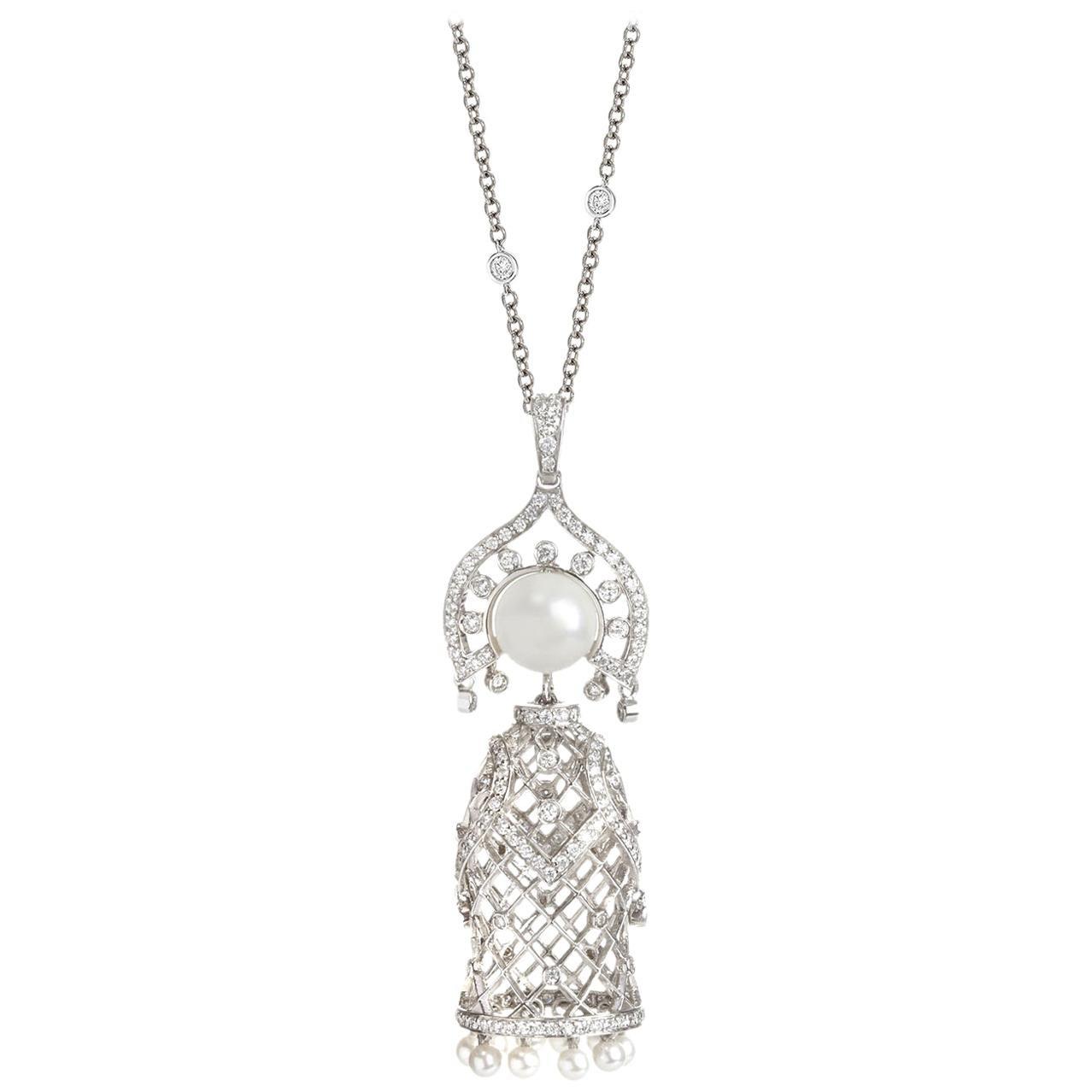 Sybarite Jewellery Doll Pendant Necklace 18 Karat White Gold 1.28 Carat Diamond