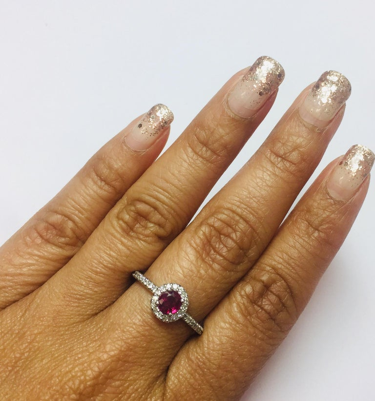 Round Cut 0.97 Carat Ruby Diamond Ring White Gold For Sale