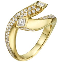 0.99 Carat Princess Cut Diamond 18 Karat Yellow Gold Engagement Ring