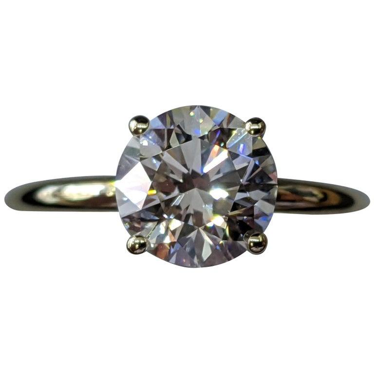 1 1/2 Carat 14 Karat Yellow Gold Round Diamond Engagement Ring For Sale