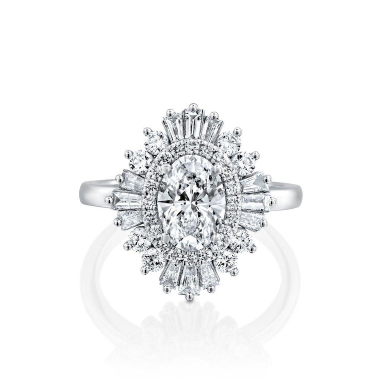 Art Deco 1 1/2 Carat 14 Karat White Gold Oval Diamond Engagement Ring, Gatsby Ring For Sale