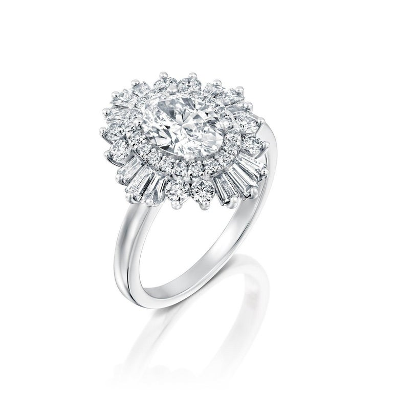 Oval Cut 1 1/2 Carat 14 Karat White Gold Oval Diamond Engagement Ring, Gatsby Ring For Sale