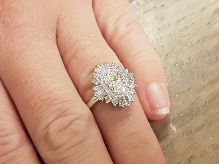 Oval Cut 1 1/2 Carat 14 Karat White Gold Oval Diamond Ring, Gatsby Style Engagement Ring For Sale